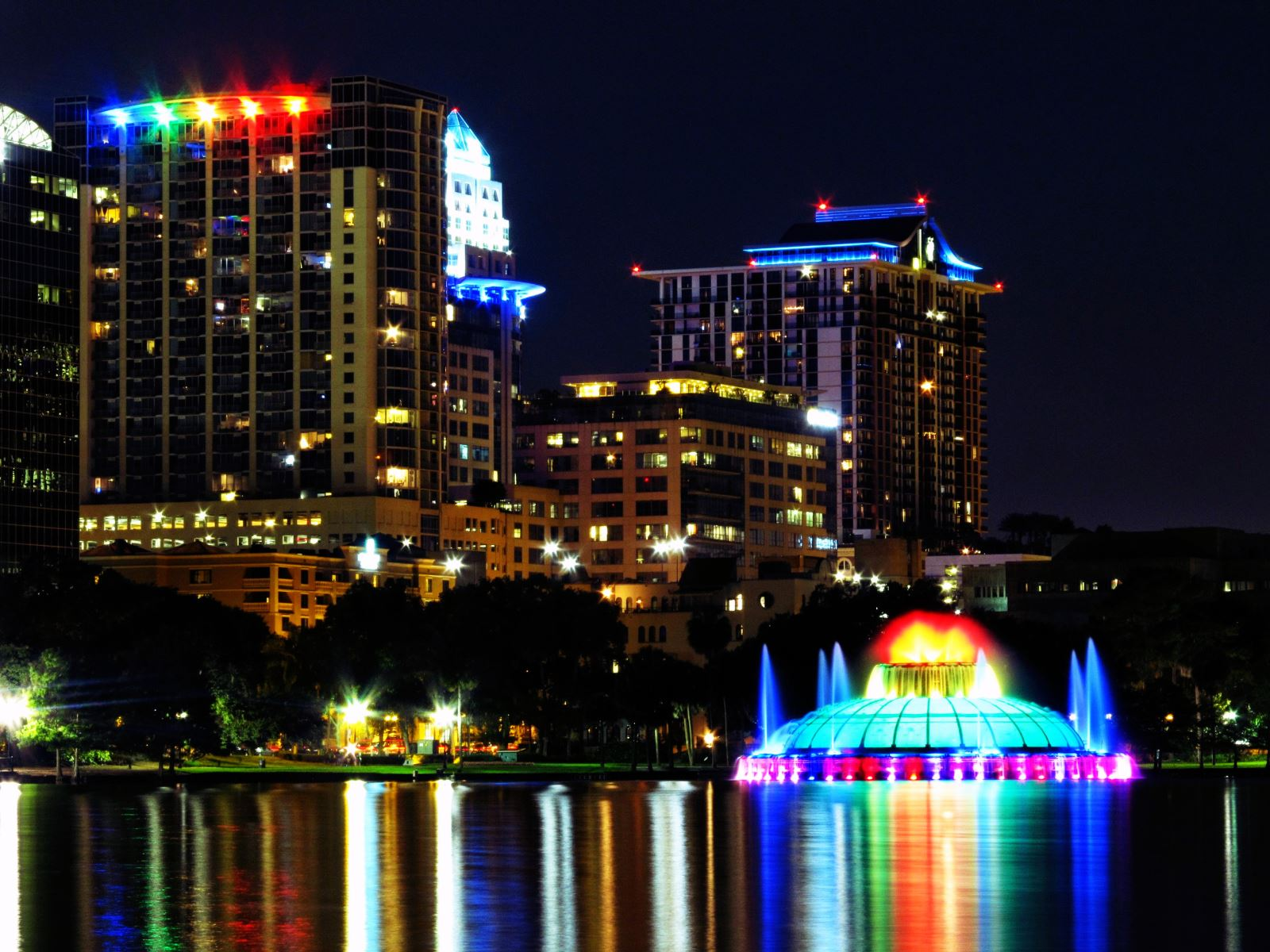Lake Eola Fountain At Night